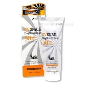 3W CLINIC UV Snail Day Sun Cream 70ML (SPF50+ PA+++)